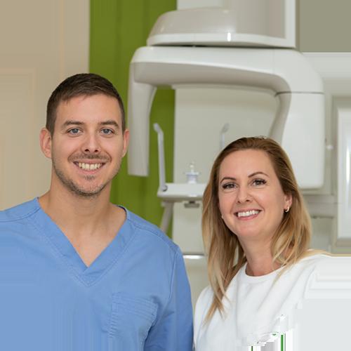 Csányi Judit a Netfog.hu fogorvosi rendelőben Dr. Luib Zsolttal